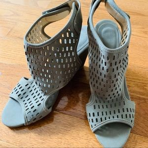 Wedged Perforated Booties